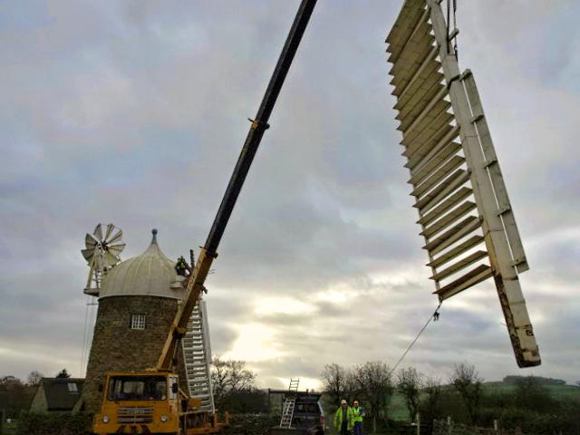 Heage Windmill - Sails Off 002