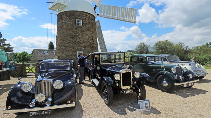 Heage_Windmill_40s_Theme_Vintage-Car 006